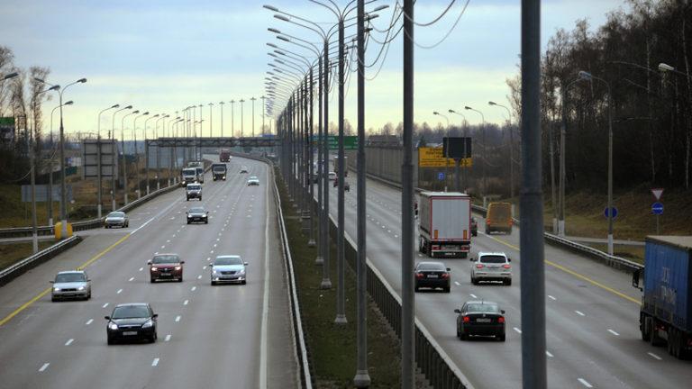 На платных участках дорог М‑3, М‑4 и трассе М‑11 с 15 апреля 2019 года введут сезонные тарифы