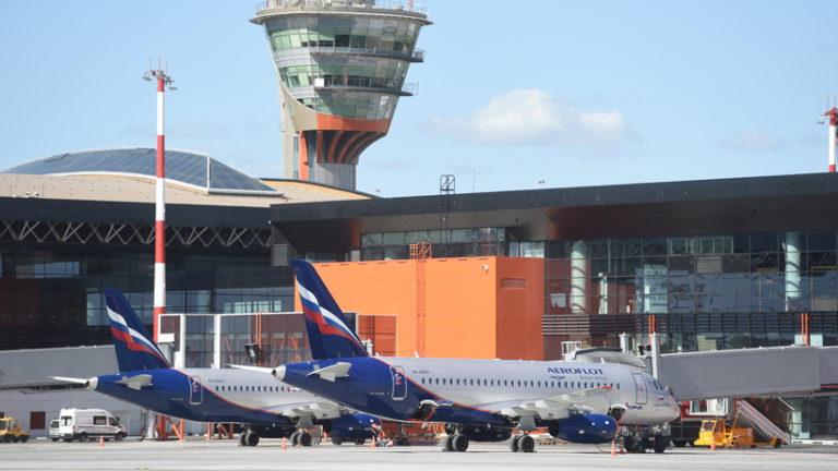 Молния ударила в лайнер, заходивший на посадку в аэропорту «Шереметьево»