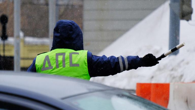 Движение на нескольких участках Профсоюзной улицы ограничат в Москве