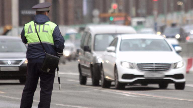 Движение ограничат на участках Волоколамского шоссе в Москве