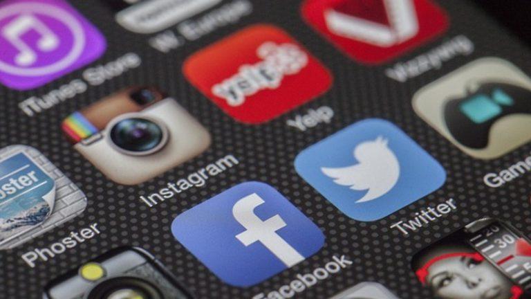 Сбой в работе соцсетей Facebook и Instagram произошел по всему миру