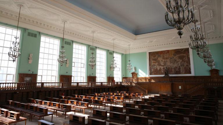 Выставка «Библия Гутенберга: начало нового времени» начнет работу в Москве