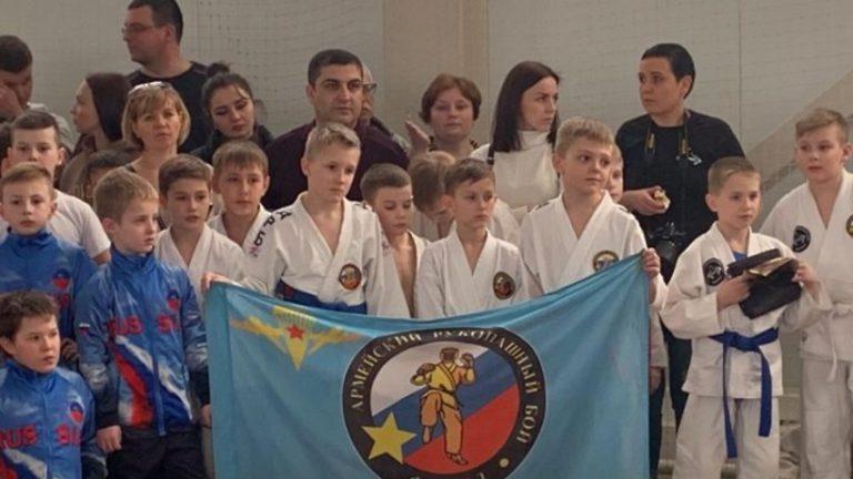 Спортсмены из Подольска завоевали 9 медалей на соревнованиях по армейскому рукопашному бою