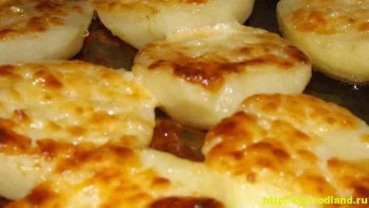 Запеченная картошка в духовке. Три пошаговых рецепта с фото