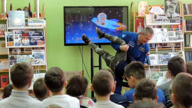 Космос. «Таких берут в космонавты»