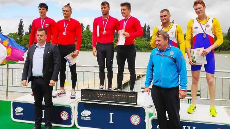 Спортсмены из Подмосковья взяли золото на первенстве России по гребле на байдарках и каноэ