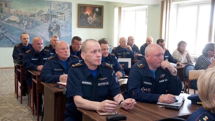 Клинские спасатели проведут тактико-специальные учения в здании общежития Геологоразведочного техникума