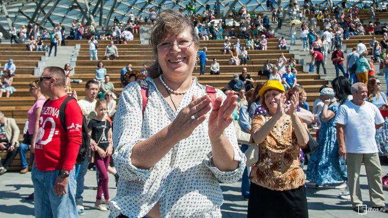 Участники «Московского долголетия» откроют летний сезон в «Музеоне»
