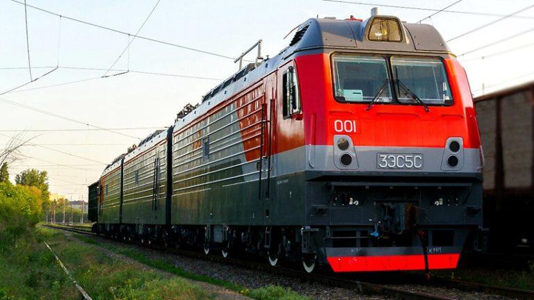 «Трансмашхолдинг» испытает новый электровоз в институте Щербинки