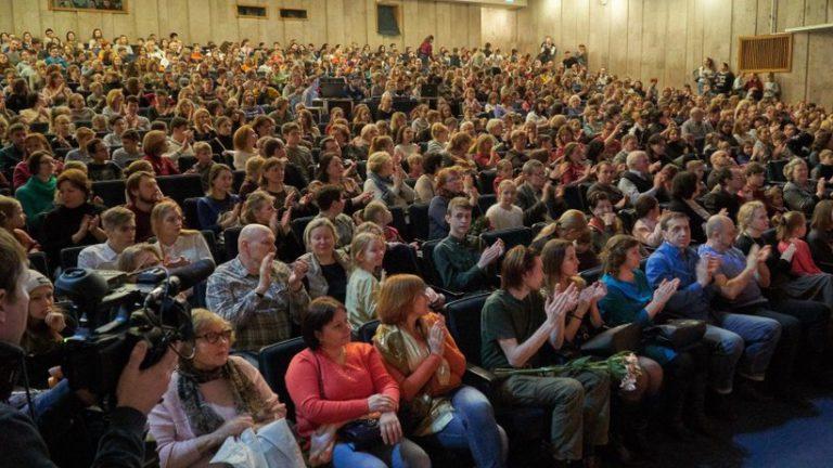 Театральный фестиваль среди воспитанников детдомов откроется в Подмосковье
