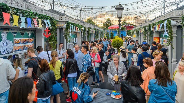 Юные гости «Рыбной недели» в Москве увидят спектакль по мотивам детских стихов Полозковой