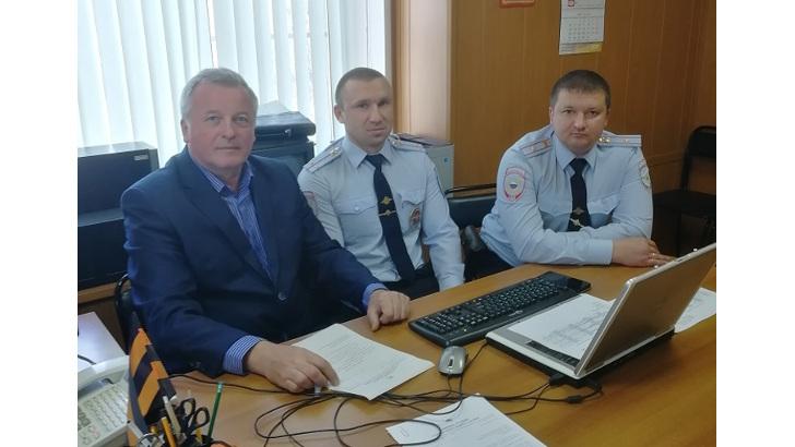 В Клину заместитель председателя Общественного совета при ОМВД проверил работу Высоковского отделения полиции