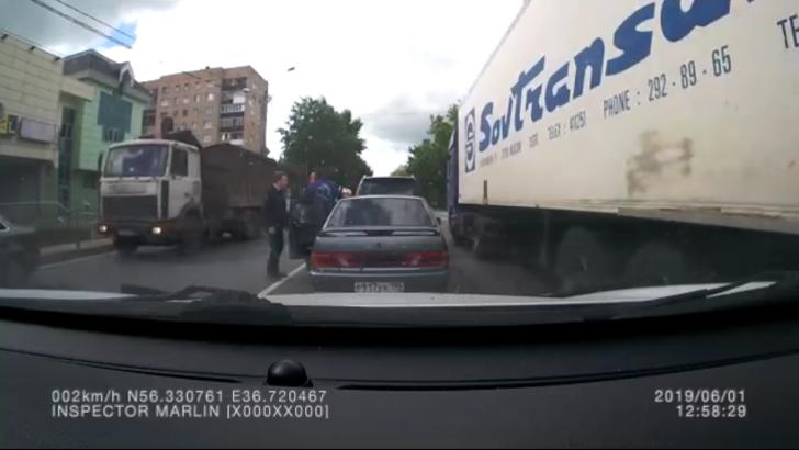 Клинские полицейские по горячим следам задержали подозреваемого в преступлении