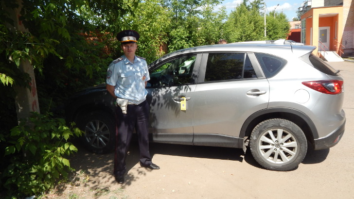 Сотрудники Госавтоинспекции провели в Клину акцию «Безопасный двор»