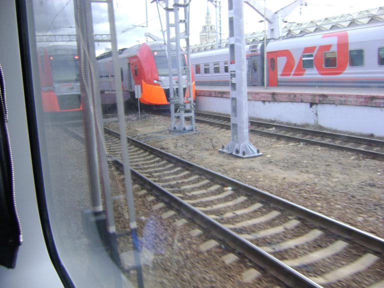 Причиной сбоя движения поездов стало хищение кабеля