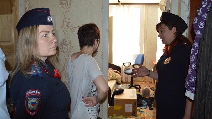 В Клину полицейские посетили семьи, состоящие на профилактическом учете