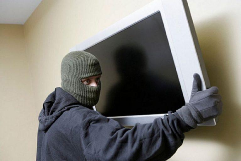 Клинские полицейские раскрыли две кражи