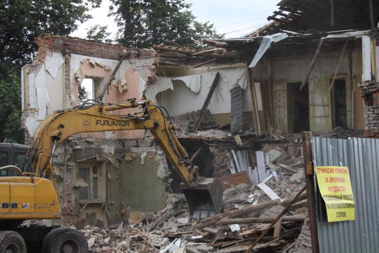 Расселённые дома в Клину снесут в течение года