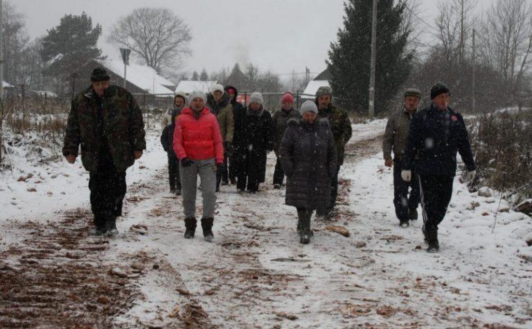 Перекрыть дорогу грозятся жители деревни Покров г.о. Клин
