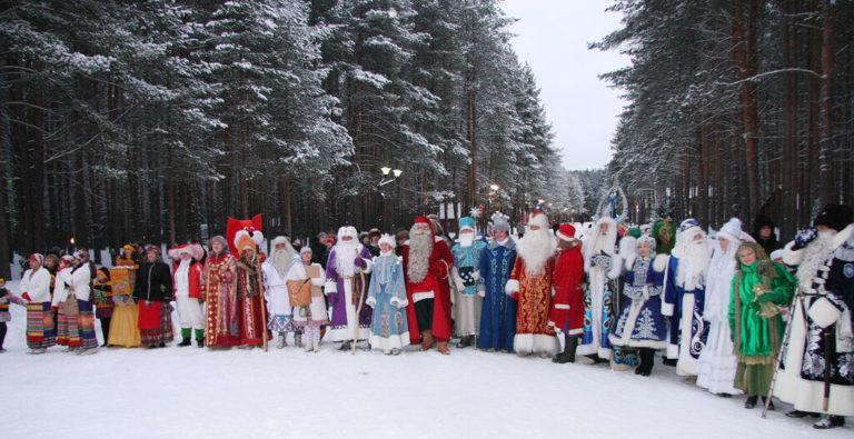 Деда Мороза поздравят с Днём рождения 12 месяцев из Клина