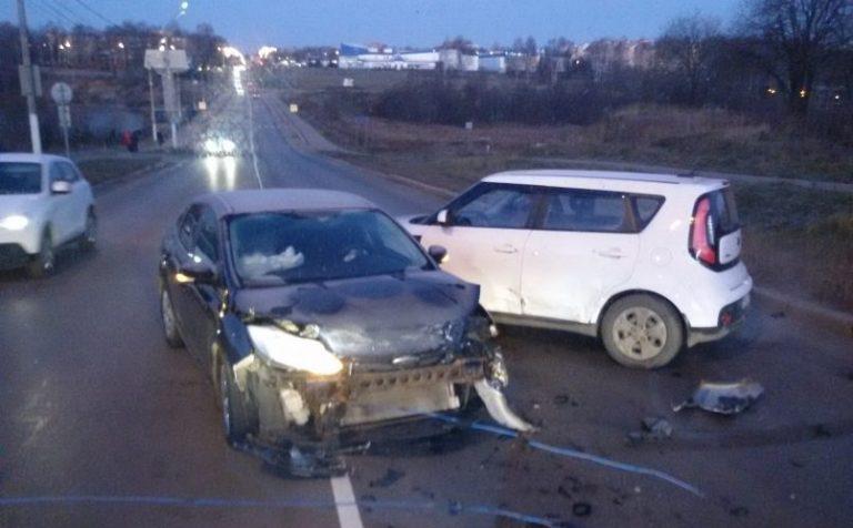 Жертв в аварии у Клинской городской больницы нет