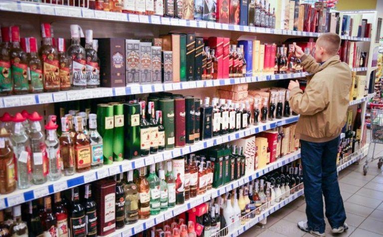 Минздрав РФ поддержал сокращение «алкогольного» времени