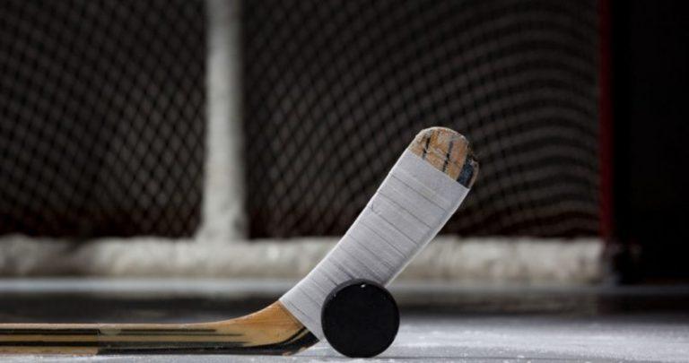 Хоккей. Кто вверх, кто вниз
