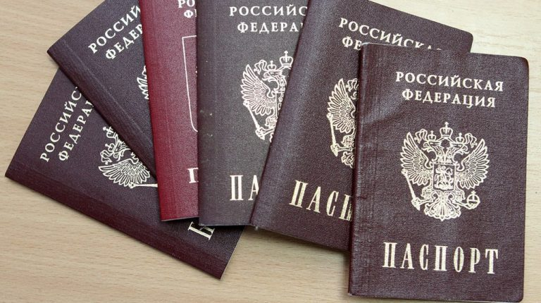 В Госдуме предлагают «обесполить» должников по алиментам