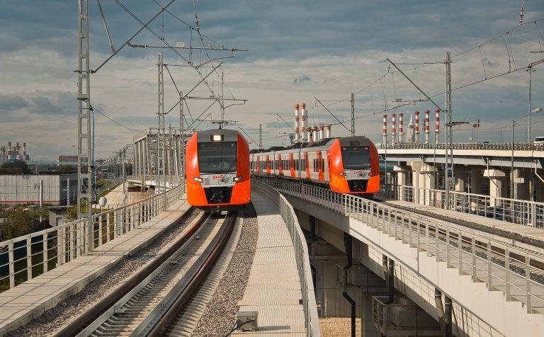 Изменения в графике движения пригородных поездов 27 декабря — 8 января