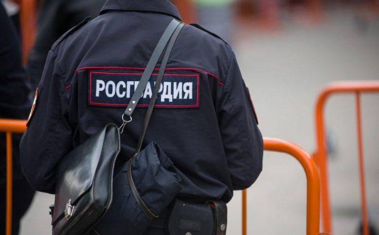 Двух женщин и мужчину задержали росгвардейцы за кражи в Подмосковье