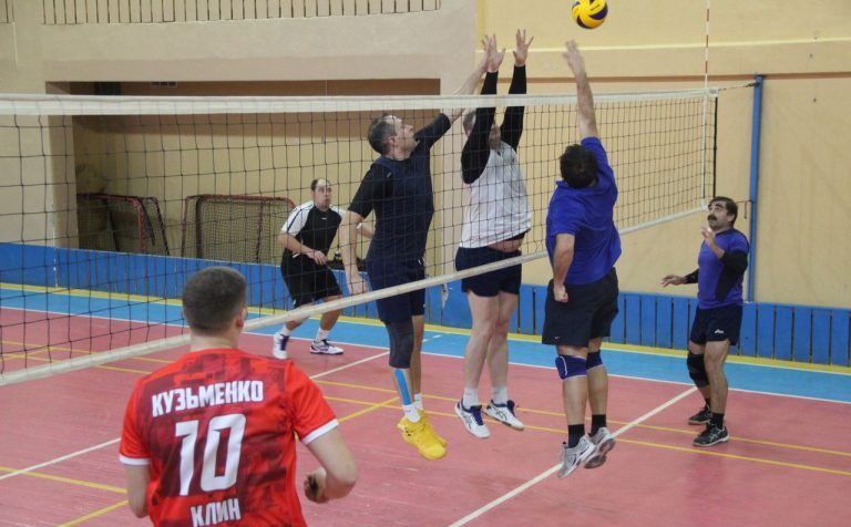 Волейбол. Впереди решающие матчи