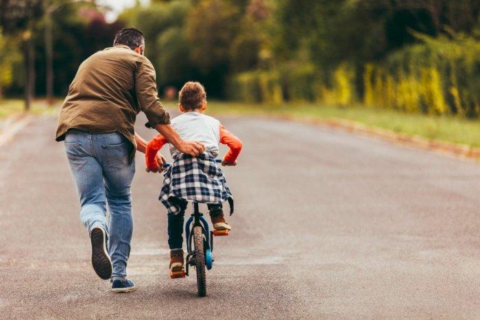 Названы регионы с наибольшим количеством отцов-одиночек