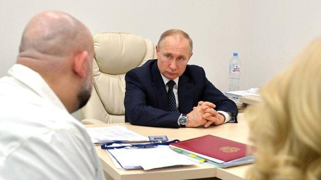 Путин выступит с обращением к россиянам из-за коронавируса