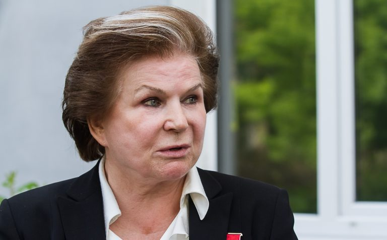 Петиция за лишение Терешковой звания почётного гражданина набрала уже почти 20 000 голосов