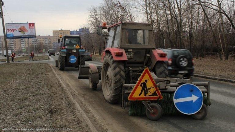 В Солнечногорске дороги убирают и днём и ночью