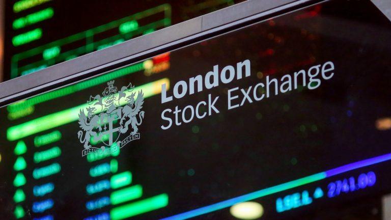 Падение цен на нефть вызвало падение российских ценных бумаг