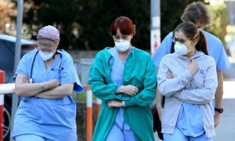 Москвичам рассказали о времени максимума заболеваний пандемией