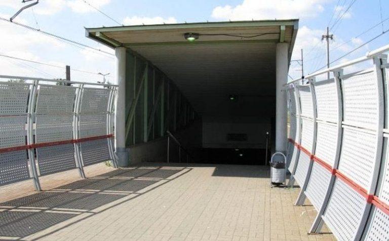 Строительство подземного пешеходного перехода на станции Подсолнечная завершат к концу года