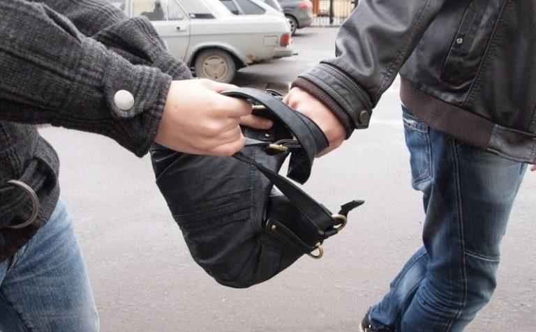 В Москве безработного ограбили на 12 млн рублей