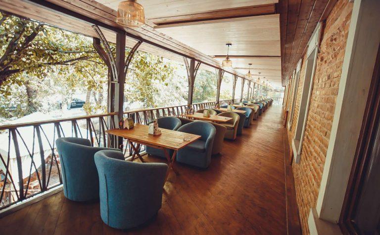 Летние веранды кафе и ресторанов открылись в Московской области