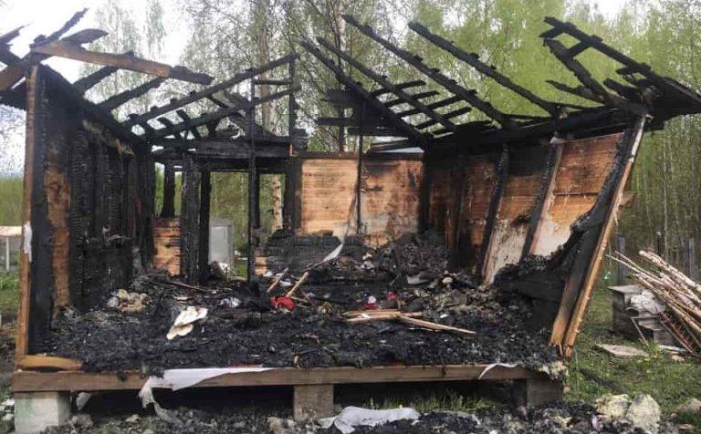 Короткие замыкания сгубили дачные дома