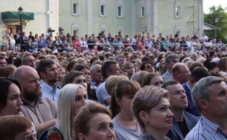 Власти Подмосковья озвучили дату, с которой можно будет проводить массовые мероприятия