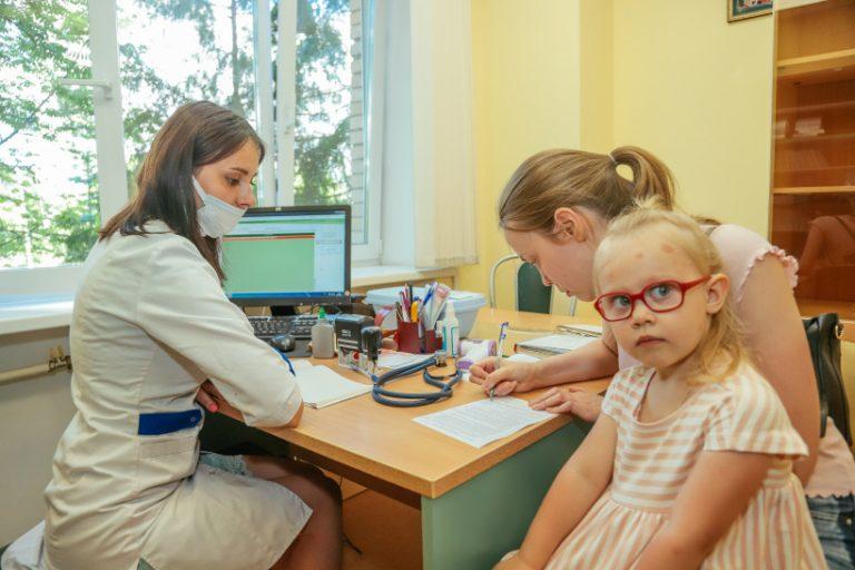 Как быстро получить справку для ребенка в поликлинике