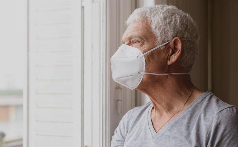 С 24 августа в Подмосковье отменяется режим самоизоляции для людей старше 65 лет.