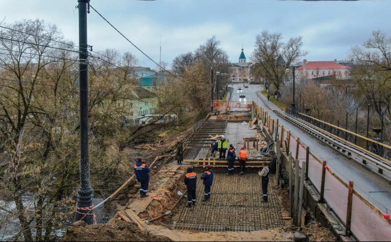 Завершён ремонт моста через реку Сестра в Клину