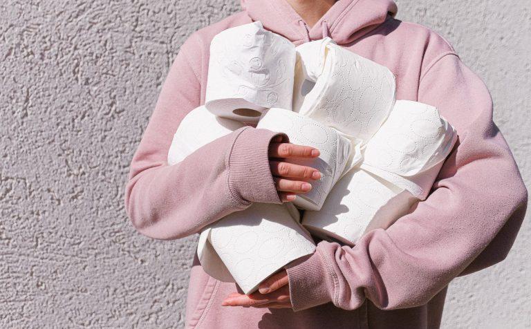 В Подмосковье с родителей школьников начали требовать туалетную бумагу