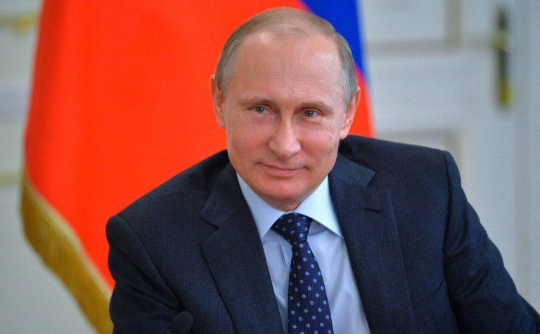 Президент Владимир Путин заявил о запрете вывоза лесоматериалов из страны