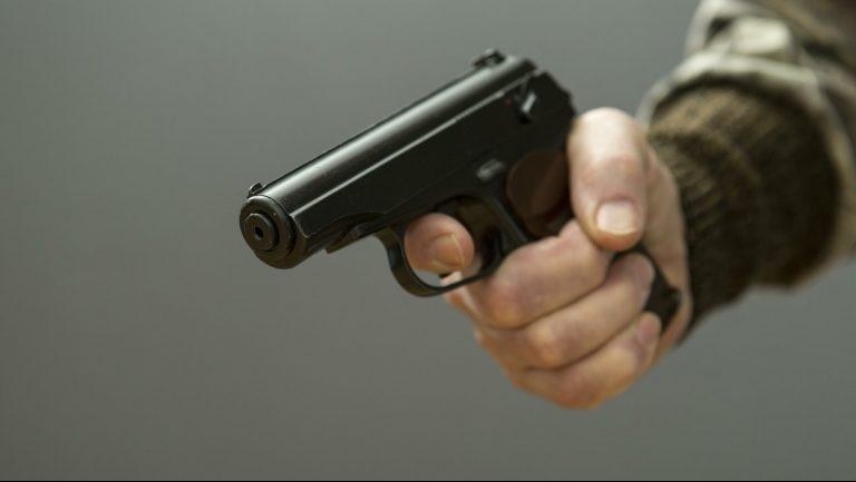 Приезжий угрожал пистолетом жителям Зеленограда