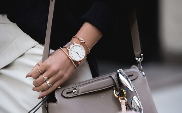 Стильные наручные часы станут идеальным аксессуаром для современной женщины