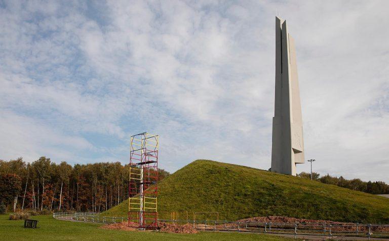 Обелиск «Штыки» в Зеленограде осветят 44 прожектора